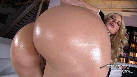 Tattooed Tranny Carla Cardille Pleases Herself